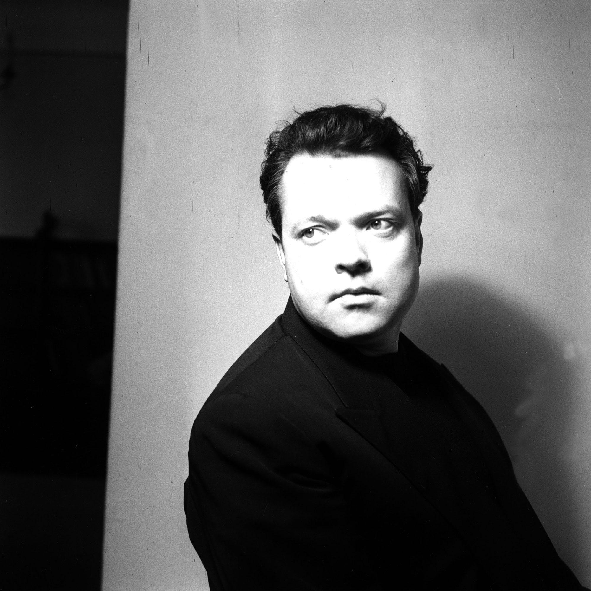 Orson Welles Dies