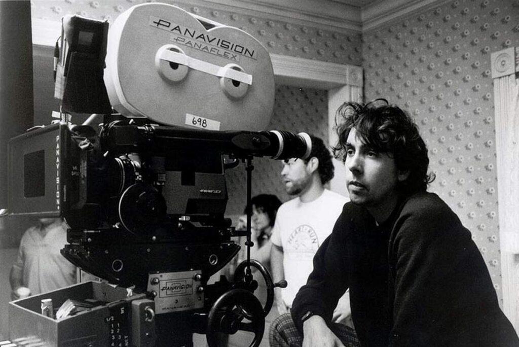 Tim Burton behind the camera during the making of Beetlejuice (1988)
