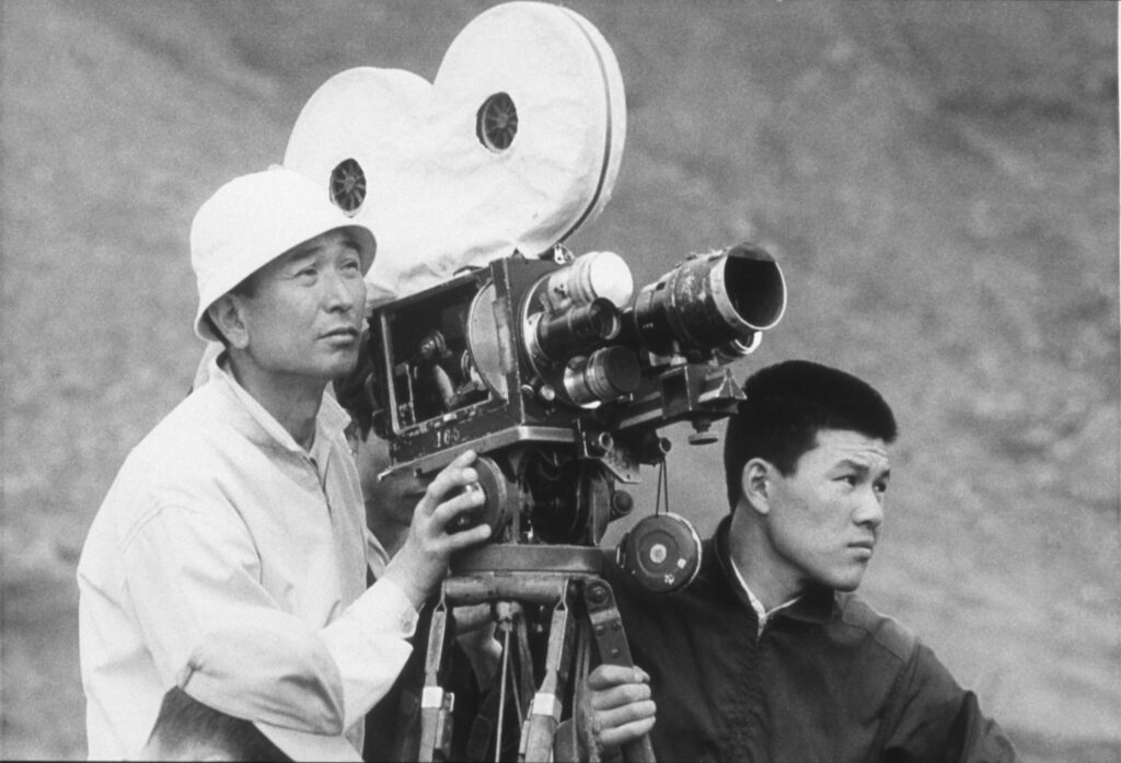 Filmmaker Akira Kurosawa (left)